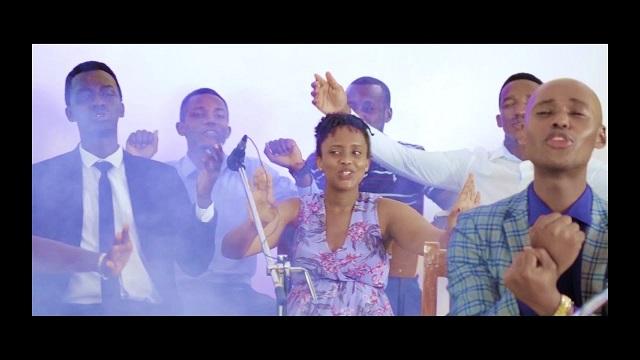 Catholic All Stars Niyeguriye Nyagasani Lyrics